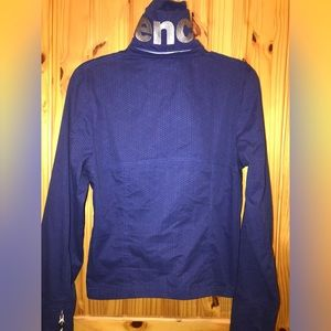 BENCH BBQ JACKET: SIZE LARGE 💙